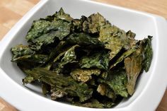 5 Smart Snacks for Watching TV: DIY Kale Chips