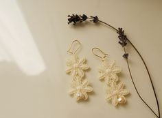 Francine's Place: Wedding lace and pearls earrings (Diy) and Cocomel...