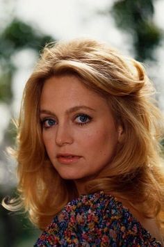 Goldie Hawn Nude Pictures, Videos, Biography, Links and More. Goldie Hawn has an average Hotness Rating of (calculated using top 20 Goldie Hawn naked pictures) Oliver Hudson, Kate Hudson, Female Actresses, Actors & Actresses, Pictures Of Goldie Hawn, Goldie Hawn Kurt Russell, Glamour Photo, Old Hollywood Movies, Beauty Shots