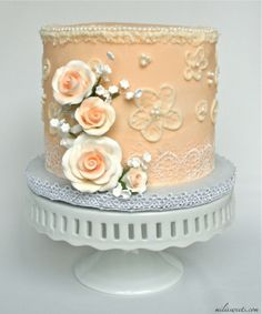 lattice and lace - vintage garden wedding cake via milissweets.com