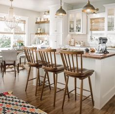 To improve the interior of your home, you may want to consider doing a kitchen remodeling project. This is the room in your home where the family tends to spend the most time together. If you have not upgraded your kitchen since you purchased the home,. Farmhouse Kitchen Island, Modern Farmhouse Kitchens, Home Kitchens, French Farmhouse, Rustic Farmhouse, New Kitchen, Kitchen Dining, Kitchen Decor, Eat In Kitchen Table