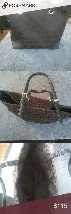 Authentic Michael Kors Tote Offers Welcome Authentic Michael Kors Tote In EUC Michael Kors Bags Totes