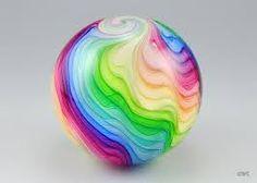 Znalezione obrazy dla zapytania glass rainbow colors sculptures