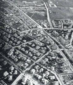 Yenişehir - 1936. Sağ ortada yıkılan Kızılay binası, karşısında Güven Park