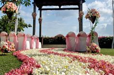 ASMARA / Ayana Resort & Spa Bali This gazebo is reminiscent of ancient Javanese palace. Open the wooden gate with beautiful carving, walk down the aisle filled with fragrance tropical flower petal, breathe on the bright green grass and look over the horizon of the Indian Ocean….every single elements are so impressive in your wedding.