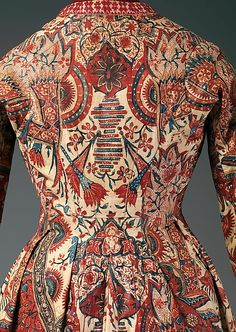 Robe: mid-18th century, Netherlands (cotton & linen)