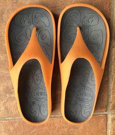 4c188445d480 CAMPER Made In Spain Orange Rubber Flip Flops Sandals Mens Size Euro 38   fashion