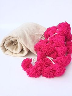 PRETTY IN PINK Moroccan Berber Wool Pom Blanket