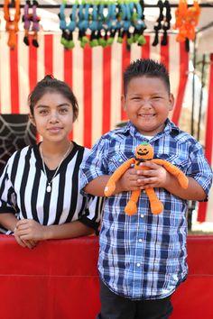 For one ticket, children can play two games... all children win a prize! Irvine Park Railroad Pumpkin Patch -- www.IrvineParkRailroad.com #irvineparkrailroad #orangecounty #pumpkinpatch #trainrides #pumpkins #ocparks