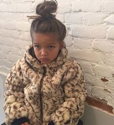 Dress my future daughter like this. Cute Mixed Babies, Cute Babies, Future Daughter, Future Baby, Cute Little Baby, Little Babies, Cute Toddlers, Cute Kids, Beautiful Children