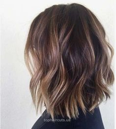 Most beloved brunette bob hairstyles for ladies - New Hair Styles Brunette Bob, Brunette Balayage Hair Short, Baylage Short Hair, Balyage Hair, Light Brunette, Blonde Ombre, Blonde Hair, Medium Hair Styles, Short Hair Styles