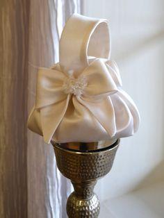 Dainty Bridal Purse ~ Bridesmaid Purse ~ Flower Girl Basket ~ www. Wedding Purse, Gown Wedding, Lace Wedding, Wedding Dresses, Bridal Clutch, Flower Girl Basket, Fabric Bags, Bridal Gifts, Handmade Bags