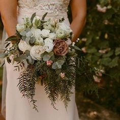 Bulb Flowers (@bulbflowers_ct) • Instagram photos and videos Bulb Flowers, Shades Of White, Bride Bouquets, Table Decorations, Photo And Video, Bridal, Videos, Photos, Instagram