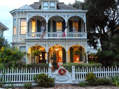 GlitznGrits.com: Texas Tuesday: Galveston Island
