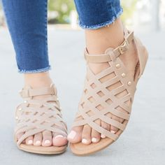 13 Great Gladiator Sandal Heels For Women Gladiator Sandals Size 5 Shoes Flats Sandals, Women's Shoes, Cute Sandals, Buy Shoes, Me Too Shoes, Shoe Boots, Dress Shoes, Flat Sandals, Leather Sandals