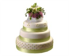 Svatební dort 36 Třípatrový svatební dort, o rozměrech 24 cm, 32 cm a 40 cm, obalen fondánem, dozdoben fréziemi, santikami, královskou glazurou a saténovými stuhami Cake, Food, Pie Cake, Pie, Cakes, Essen, Yemek, Meals, Cookie