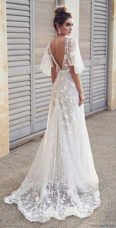 anna campbell 2019 bridal half handkerchief sleeves v neck full embellishment romantic pretty soft a line wedding dress blackess open back sweep train bv Anna Campbell 2019 Wedding Dresses Wedding Inspirasi Wedding Dress Train, Cute Wedding Dress, Applique Wedding Dress, Best Wedding Dresses, Bridal Dresses, Wedding Gowns, Maxi Dresses, Hippie Wedding Dresses, Tulle Wedding