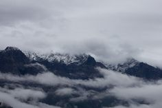 scary mountains | ... wreath the peaks of Jade Dragon Snow Mountain in Tiger Leaping Gorge