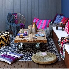 7 bohemian interior design ideas that you are going to love! These design ideas are going to elevate your decor and are the perfect inspiration for your Fall ho Bohemian Patio, Bohemian Interior, Bohemian Decor, Bohemian Style, Bohemian Living, Vintage Bohemian, Bohemian Bedrooms, Ibiza Style, Bohemian Design