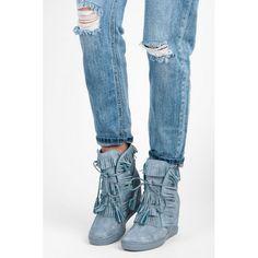 Dámské boty se skrytým klínkem SDS Odela modré – modrá Pokud hledáte něco zajímavého, ale s prvotřídní kvalitou, tak vás jistě uspokojíme. Boty s třásněmi jsou vyrobeny se skrytým klínkem a se šněrovačkou. Takže je …