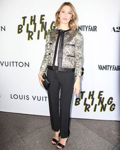 Sofia Coppola in Louis Vuitton Celebrity Dresses, Celebrity Style, Sofia Coppola Style, Louis Vuitton Online, Fashion Articles, Office Fashion, Office Outfits, Passion For Fashion, Nice Dresses
