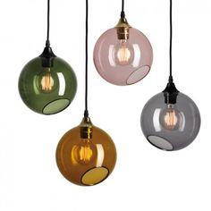bollamp in geblazen en gekleurd glas. Ballroom lamp, Design By Us, 19cm, 207 euro