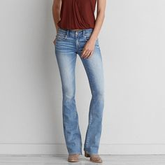 AEO Kick Boot Cut Jeans ($45) ❤ liked on Polyvore featuring jeans, radiant royal, boot cut jeans, american eagle outfitters, stretch bootcut jeans, stretch jeans and super stretch jeans
