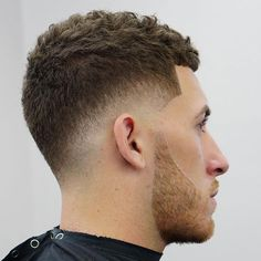 Fade Haircuts for Men 2020 59 Best Fade Haircuts Cool Types Of Fades for Men 2020 Guide Of 77 Wonderful Fade Haircuts for Men 2020 Trending Mens Haircuts, Best Fade Haircuts, Hairstyles Haircuts, Haircuts For Men, Cool Hairstyles, Medium Hairstyles, Wedding Hairstyles, 1920s Hairstyles, Drawing Hairstyles