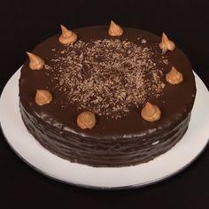 Sweets Recipes, Cake Recipes, Cooking Recipes, Geek Cake, Low Carb Keto, Cake Designs, Love Food, Chocolate Cake, Cake Decorating