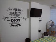 Tu palabra.. Tu Diseño En Bogotá tel.3176746222 - 4060080 contactanos@gfdecoraciones.com Home Decor, Be Strong And Courageous, Vinyls, Dios, Decoration Home, Room Decor, Interior Decorating