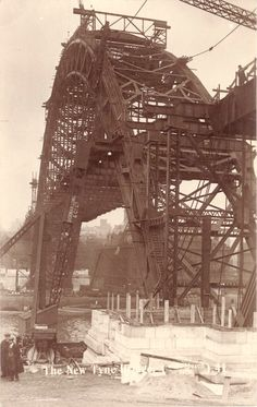 Tyne Bridge under construction Old Pictures, Old Photos, Vintage Photos, Gateshead Millennium Bridge, Newcastle Quayside, Newcastle Gateshead, Newcastle England, Sydney, North Shields