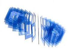 """24 caras bleu 2015 SD Elias Crespin es un importante artísta venezolano que basa su trabajo en construcciones que se mueven a través de la programación informática que el diseña.y que llama """"electrocineticas. Sus obras se transforman ante nuestros ojos como por arte de magia, cada propuesta nos lleva a pensar en la relación arte, ciencia, tecnología.www.youtube.com/watch?v=pt3bzHD5KKI  Añadir un lugar 10 Pines •  2 seguidores"""