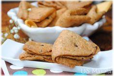 US Masala: Methi Mathri/Indian fenugreek crackers