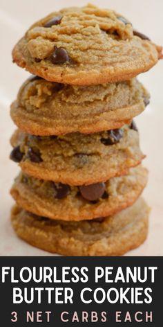 Flourless Peanut Butter Cookies, Butter Chocolate Chip Cookies, Keto Cookies, Chocolate Peanut Butter, Chocolate Chips, Low Carb Sweets, Low Carb Desserts, Gluten Free Desserts, Healthy Desserts