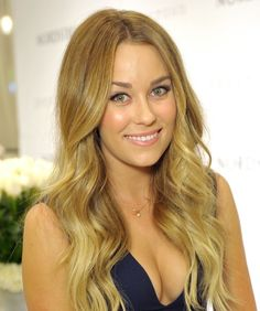 First of all, everyone can agree her signature look is flawless. | 18 Pictures That Prove Lauren Conrad Has The Hair Of A Greek Goddess
