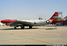 Martin EB-57B Canberra aircraft picture