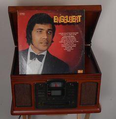 Engelbert Humperdinck – Engelbert Label: Parrot – PAS 71026 Format: Vinyl, LP, Album Country: US Released: 1969 Genre: Pop Style: Vocal