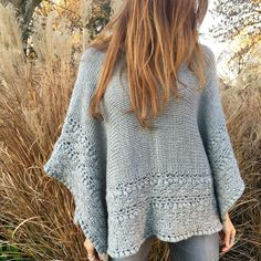 Carla Cass's media content and analytics Poncho Shawl, Knitted Poncho, Crochet Cardigan, Knitted Shawls, Crochet Scarves, Crochet Shawl, Crochet Clothes, Knit Crochet, Knitting Designs