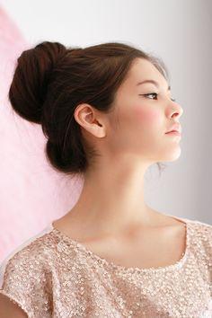 #makeup #beauty #natural - Black Eye Liner and Soft Pink Blush & Lipstick