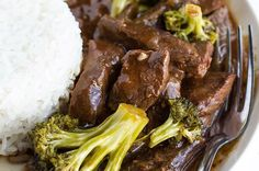 This Slow Cooker Beef And Broccoli Is The Perfect Dinner For When You're Feeling Lazy