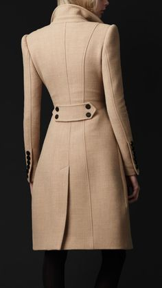 Someday I will own one of these amazing coats- Crêpe Wool Tailored Coat by Burberry Winter Coats Women, Coats For Women, Clothes For Women, Fall Coats, Tailored Coat, Mode Outfits, Stylish Outfits, Mode Inspiration, Winter Outfits