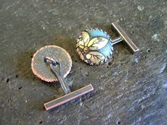 etsy metal: Tutorial for making Cufflink fittings. Soldering Jewelry, Jewelry Tools, Metal Jewelry, Jewelry Findings, Jewelry Making, Jewelry Ideas, Fine Jewelry, Diy Jewelry Videos, Vintage Cufflinks