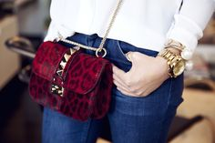 details-fashionhippieloves-valentino-leo-red-bag-outfit-fashion-blogger