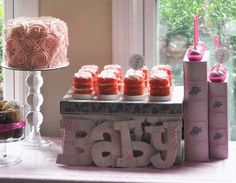 Such a pretty pink baby shower dessert table #pink #babyshower #desserttable