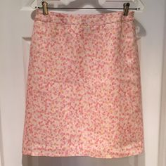 """Ann Taylor Retro Print Pencil Skirt Channel a certain retro TV show in this beautiful skirt from Ann Taylor. Carefully worn a couple of times; great condition. Fully lined with side zip. Skirt is silk/linen blend and measures approx 22"""" from top of waistband to bottom of hem. Sorry no trades or PayPal. Thanks for shopping by! Ann Taylor Skirts"""