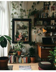 Best Retro home decor ideas - Super Elegant retro plans. retro home decor ideas plants wonderful tip number 1681206313 shared on this day 20190518 My New Room, My Room, Dorm Room, Aesthetic Bedroom, Retro Home Decor, Home And Deco, Home Design, Design Ideas, Diy Design