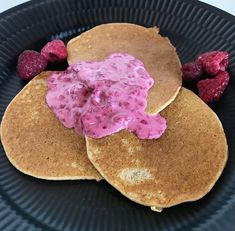 på Good Healthy Recipes, Healthy Food, Protein, Food And Drink, Keto, Cookies, Baking, Gabriel, Desserts