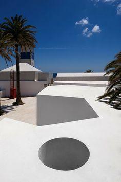 Santa Marta Lighthouse Museum / By Aires Mateus Arquitectos