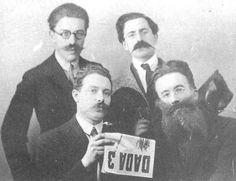 Man Ray, Louis Aragon, Lissum Paul Eluard y Tristan Tzara. Zurich 1918