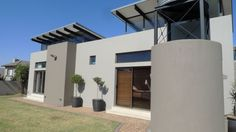 This 3 bedroom single level house is just for you. Walk in to this sunny home with a built in braai looking o. Built In Braai, Real Estate Companies, Mansions, House Styles, Building, Outdoor Decor, Home, Manor Houses, Villas